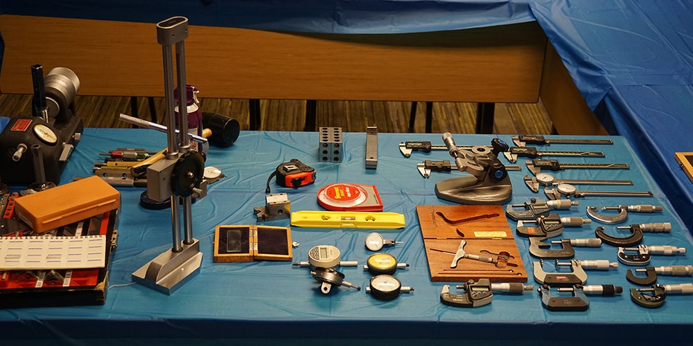 image of calibration and metrology instruments